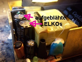 Die großen Elkos sind defekt, der kleine Elko ist noch in Ordnung